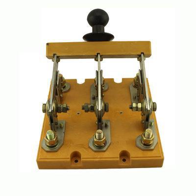 HD11-400/38(玻板)开启式刀开关系列